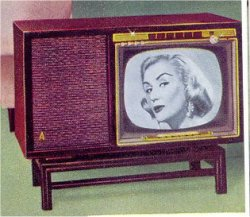 © boomers pinups - admiral tv set